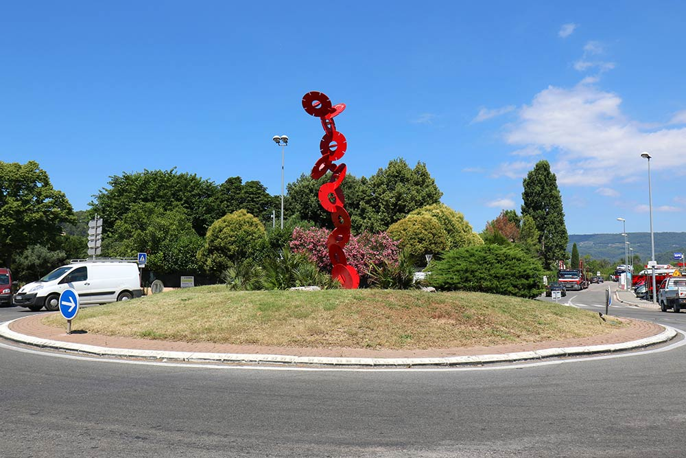 Sculpture rond point Roger Leroux
